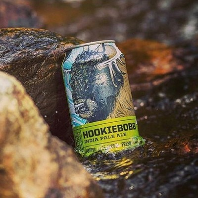 Wander the mountain with a Hookiebobb!